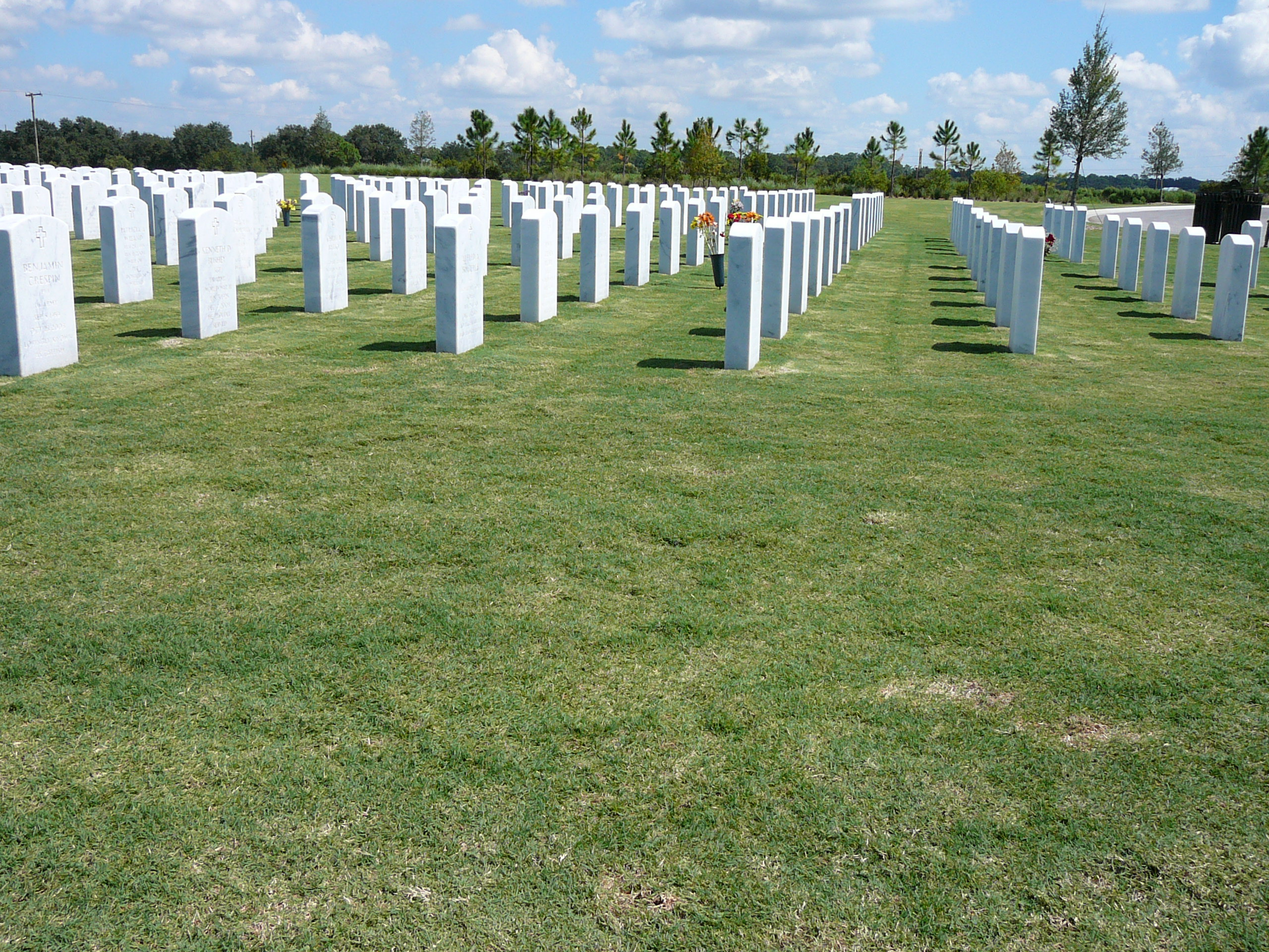 SARASOTA_NATIONAL_CEMETERY__Oct_'09_011.jpg